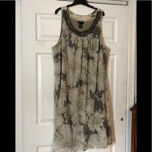 Maggie Barnes dress- size 4x- like new!